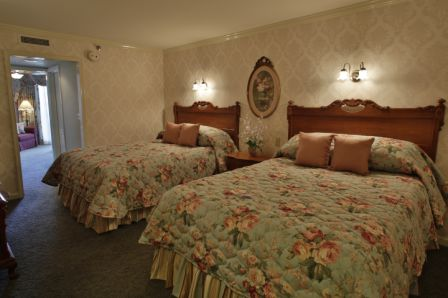 Victorian Hotel Room In Rehoboth Beach De With Two Medium Beds