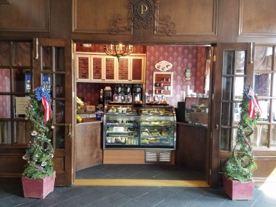 Coffee Shoppe at the Boardwalk Plaza hotel